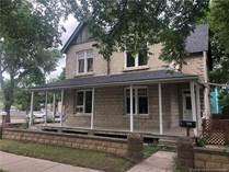 Homes for Sale in Lethbridge, Alberta $295,000