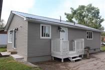 Homes for Sale in Keswick, Georgina, Ontario $439,900