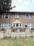 Multifamily Dwellings for Sale in East End Revitalized, Houston, Texas $440,000
