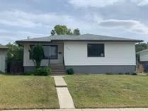 Homes for Sale in Lethbridge, Alberta $269,900