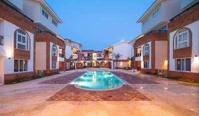 Punta Cana Condo For Sale | 3  BDR | Walk to The Beach | Los Corales , Bavaro