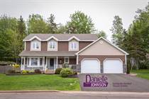 Homes Sold in Champlain Gardens, Dieppe, New Brunswick $349,900