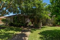 Homes for Sale in Country Club Estates, Corpus Christi, Texas $205,000