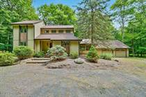 Homes for Sale in Pocono Pines, Pennsylvania $399,000