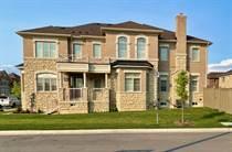 Homes for Sale in Halton, Hamilton, Ontario $1,149,000