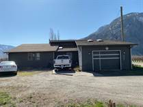 Farms and Acreages for Sale in Upper Bench, Keremeos, British Columbia $1,399,000