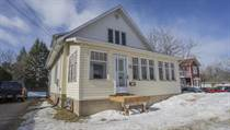 Homes Sold in Petawawa Blvd., Petawawa, Ontario $325,000