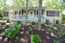 Homes for Sale in Pennsylvania, Buck Hill Falls, Pennsylvania $186,000
