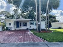 Homes for Sale in Island Lakes, Merritt Island, Florida $89,900