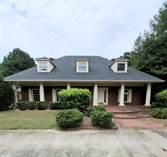 Homes for Sale in Victoria Plantation, Fayetteville, Georgia $320,000