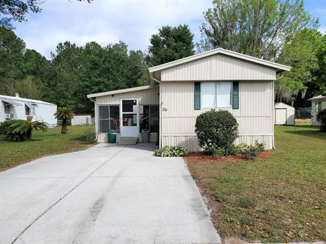 Home for Sale in Three Seasons Mobile Home Park, Brooksville, Florida  $24,000