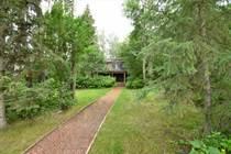 Homes for Sale in Sunbreaker Cove, Sylvan Lake, Alberta $899,900