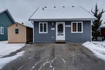 Homes for Sale in Lakes of Wasaga, Wasaga Beach, Ontario $298,000