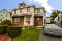 Homes for Sale in Quakertown Boro, Quakertown, Pennsylvania $225,000