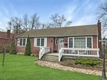Homes for Sale in Stamford, Niagara Falls, Ontario $475,000