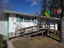 Homes for Sale in Glencairn, Regina, Saskatchewan $234,900