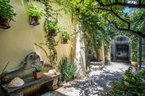 Homes for Sale in Centro, San Miguel de Allende, Guanajuato $1,500,000