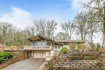 Homes for Sale in Oak Park, Milwaukie, Oregon $474,900