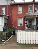 Homes for Sale in Hamilton, Ontario $274,900