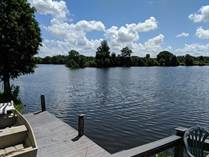 Homes for Sale in Lake Pointe Village, Mulberry, Florida $55,500