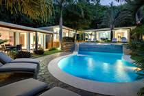 Homes for Sale in Playa Tamarindo, Tamarindo, Guanacaste $1,950,000