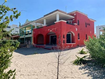 "Chuburna, Yucatan Presenting ""VANESA'S BEACH VILLA""  with the Perfect Beach to Play !!"