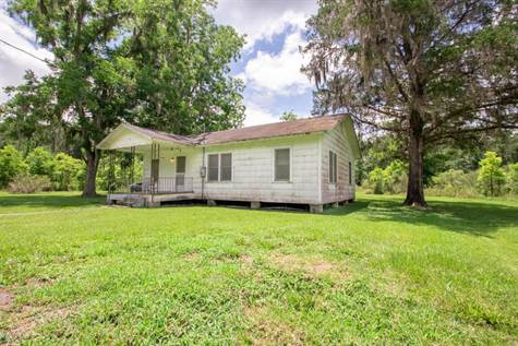 Home for Sale in Lawtey, Florida $109,900