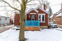 Homes for Sale in West Galt, Cambridge, Ontario $400,000