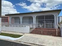 Homes for Sale in Urb. Santiago Iglesias, San Juan, Puerto Rico $89,900