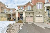 Homes for Sale in Bathurst/Carrville, Maple, Ontario $1,099,900