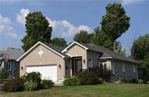 Homes for Rent/Lease in Woodland Acres, Ontario $2,600 monthly