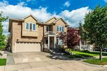 Homes for Sale in Hamilton, Ontario $998,800