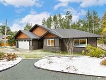 Homes for Sale in Little Qualicum River Village, QUALICUM BEACH, British Columbia $699,900