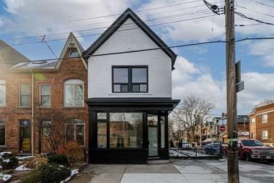 858 Palmerston Ave, Suite Upper, Toronto, Ontario