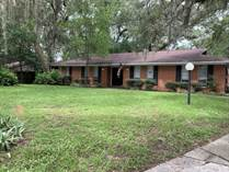 Homes for Sale in Doctors Inlet, Lakeside, Florida $229,000