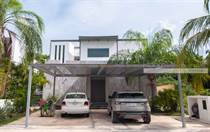 Homes for Sale in Playacar Phase 2, Playa del Carmen, Quintana Roo $725,000