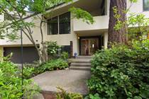 Homes for Sale in Beaux Arts Village, Bellevue, Washington $1,788,000