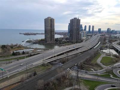 105 The Queensway Ave, Suite 2308, Toronto, Ontario
