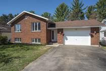 Homes Sold in Oak Avenue, Petawawa, Ontario $319,900