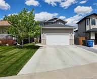 Homes for Sale in Medicine Hat, Alberta $339,900