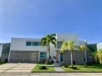 Homes for Sale in La Cima, Caguas, Puerto Rico $438,000