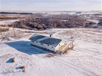 Farms and Acreages for Sale in Claresholm, Alberta $825,000