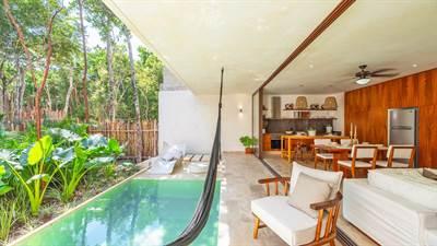 Luxury 2 Br. Townhouse w/Private Pool in Aldea Zama, Tulum