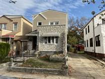 Multifamily Dwellings for Sale in Rosedale, New York City, New York $859,000