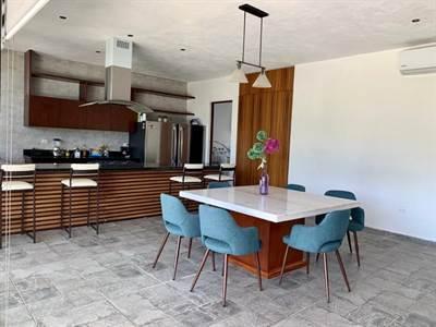 "Temozon, Yucatan presents ""PUNTA LAGO HOME"" in the North of the City"
