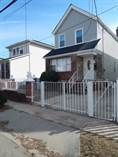 Multifamily Dwellings for Sale in Queens Village, New York City, New York $799,000