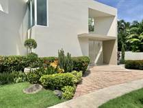 Homes Sold in Guaynabo, Puerto Rico $585,000