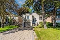 Homes for Sale in Yonge/Mulock, Ontario $999,999