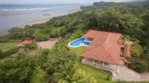 Homes for Sale in Ojochal, Puntarenas $1,170,000