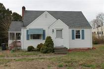 Homes for Sale in Plantsville, Connecticut $182,900